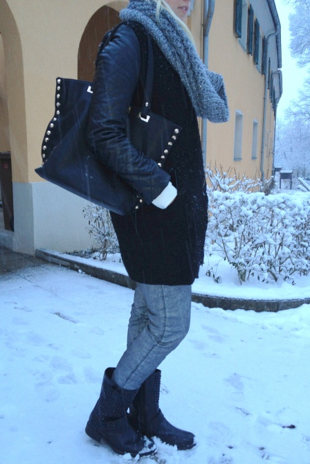 coated Pants, Zara Coat, studded Boots