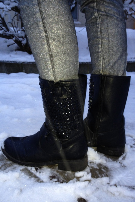 silver coated Pants, studded Boots