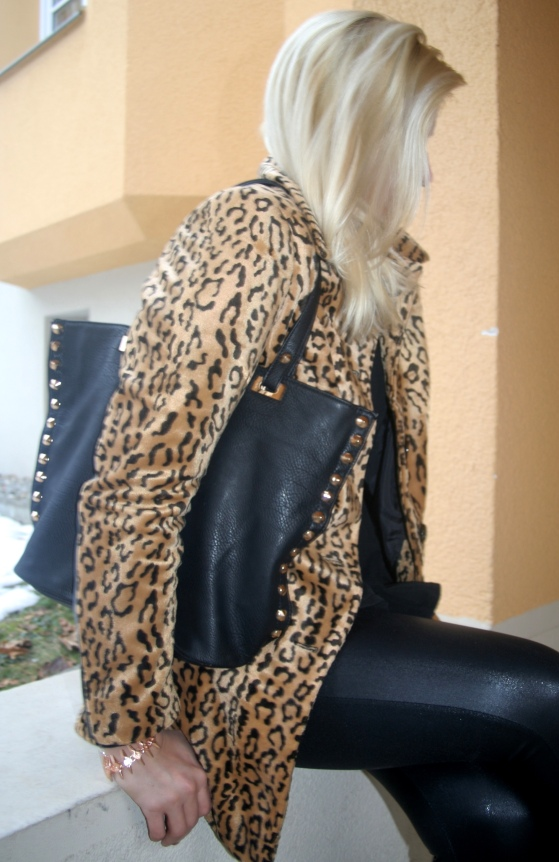 Leo Coat  H&M Gina Tricot Leather
